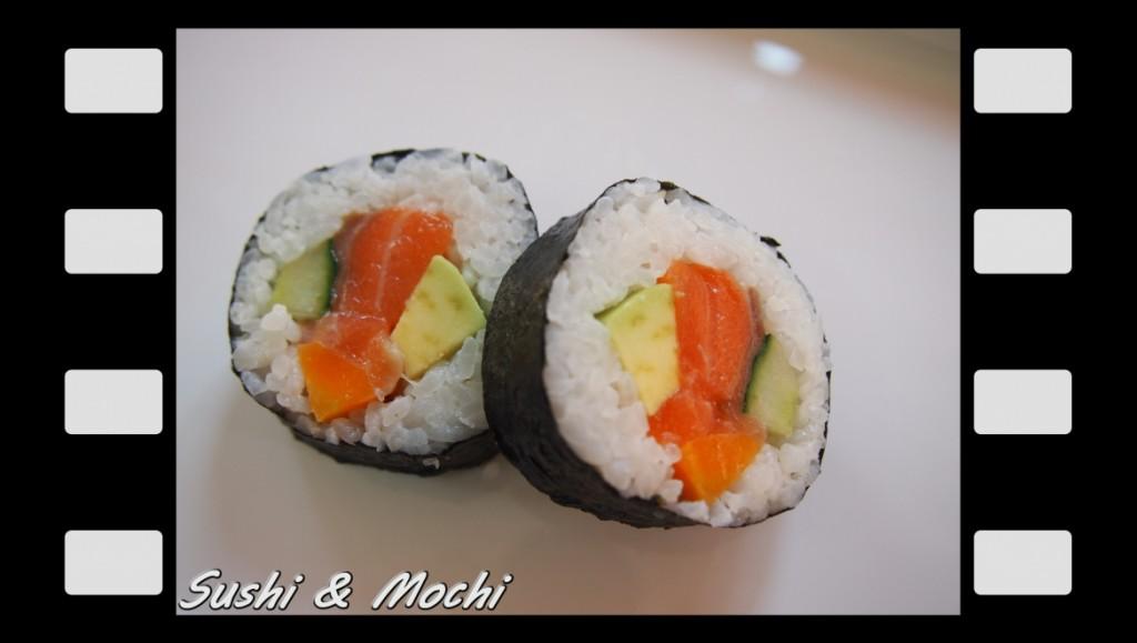 Саке футо маки (сьомга, авокадо, краставица, морков)60 г. / 2 бр. - 2.50 лв.